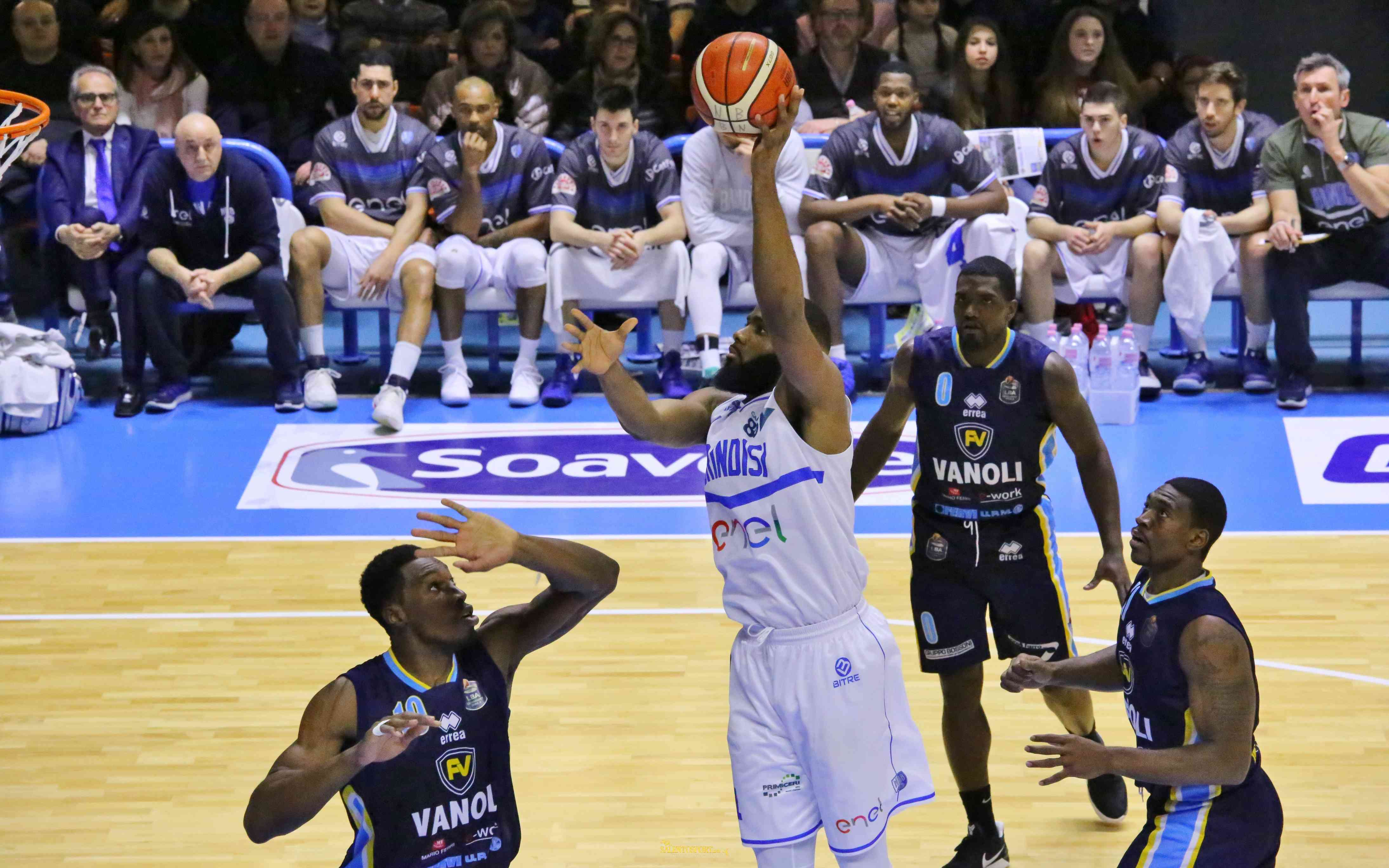 agbalese-enel-basket-brindisi-ss-giannuzzi