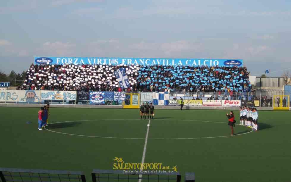 Tifosi Virtus Francavilla Calcio - Minuto di silenzio