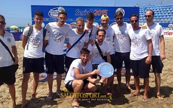 Asd capo di leuca beach soccer premiato a viareggio 02.08.15