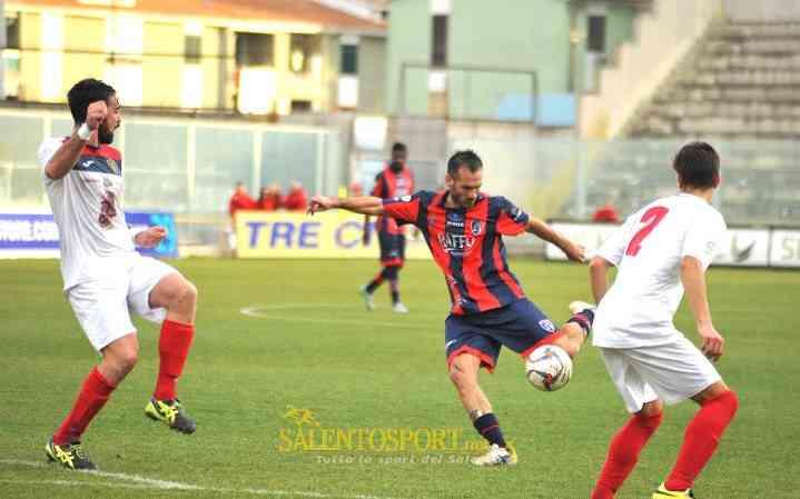 Ciarcia sigla il gol del 3-0 contro il Picerno (@F. Capriglione per Salento Sport)
