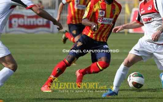 LECCE-FOGGIA 14-15 FOTO MICHEL CAPUTO