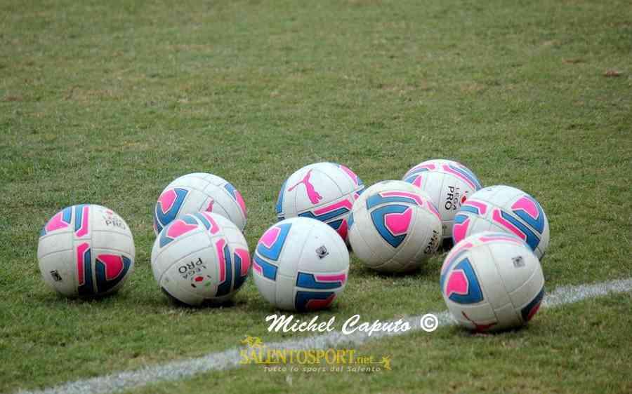 pallone-lega-pro-generica-ph-michel-caputo