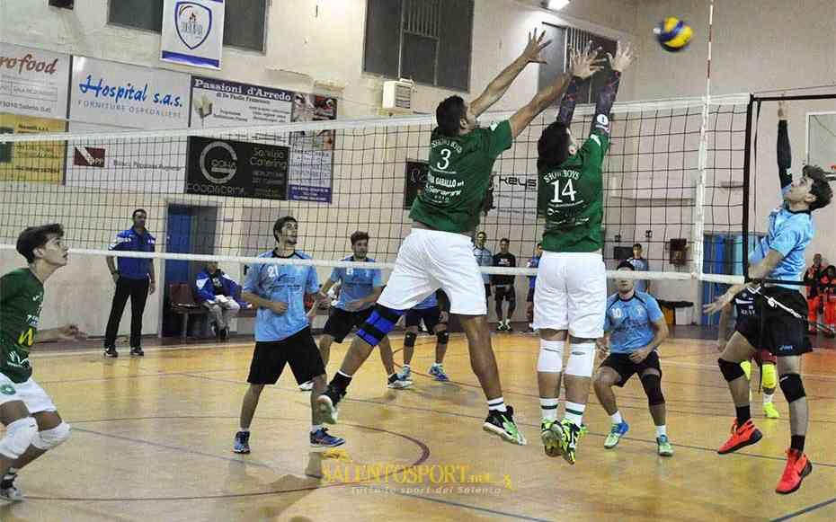 showy-boys-volley