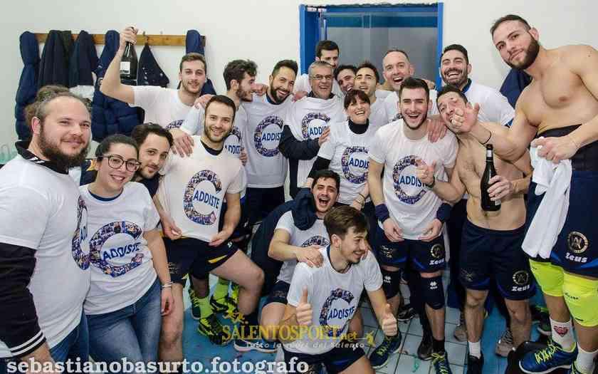 alliste-volley-festa-spogliatoio-promozione-180317-foto-basurto-sebastiano