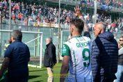 genchi-giuseppe-monopoli saluta curva taranto derby 150417 gol ss capriglione