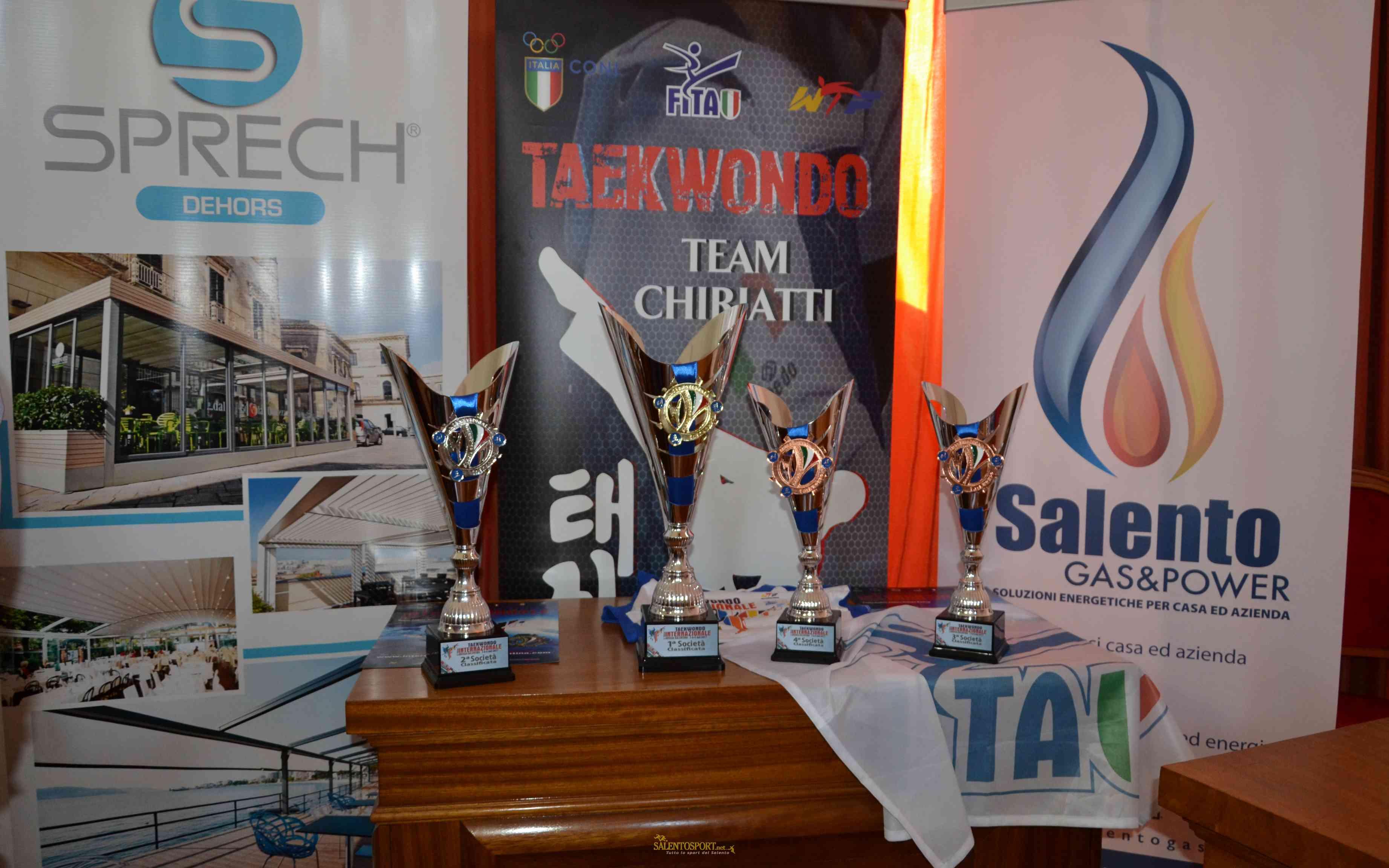 trofei-internazionale-grecia-salentina-taekwondo-martano