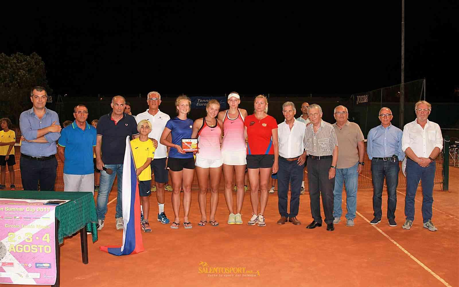 russia-premiazione-reina-soisbault-cup-maglie ago 2017