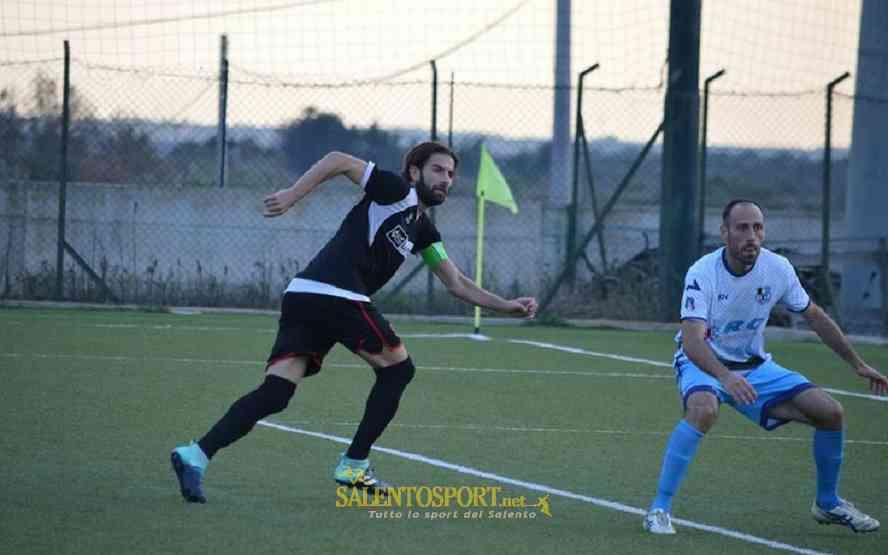 quarta-luciano-de-icco-valerio-salento-football-atletico-racale 011017 fb atl racale