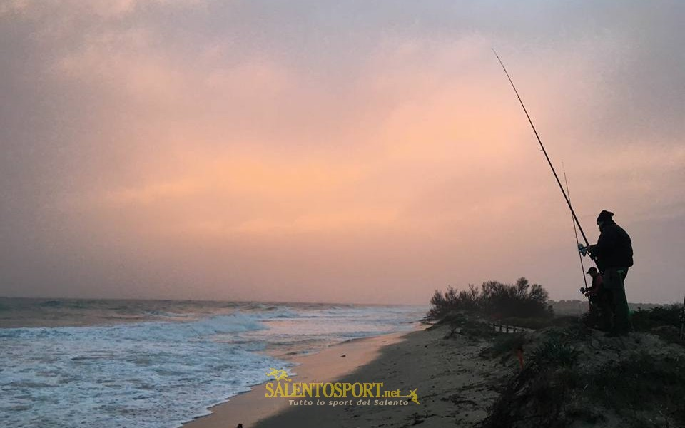surfcasting-over-fishing-salento